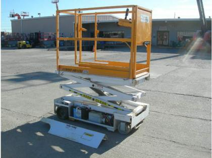 2005 CUSTOM BUILT HB1030 SCISSOR LIFT