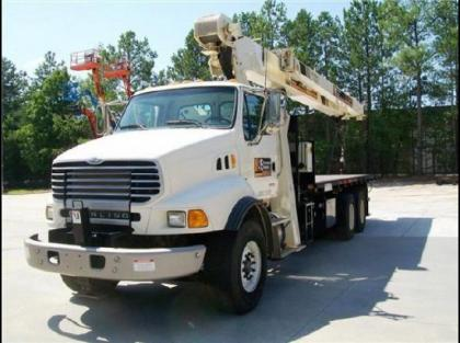 2007 NATIONAL 8100D BOOMS