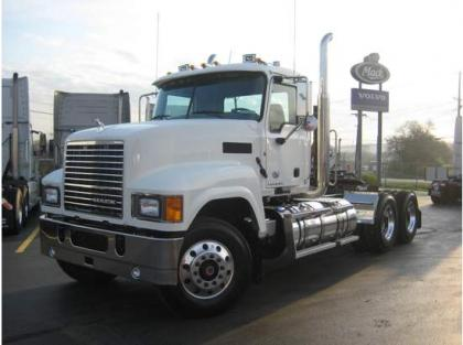 2013 MACK CHU613 CONVENTIONAL DAY CAB